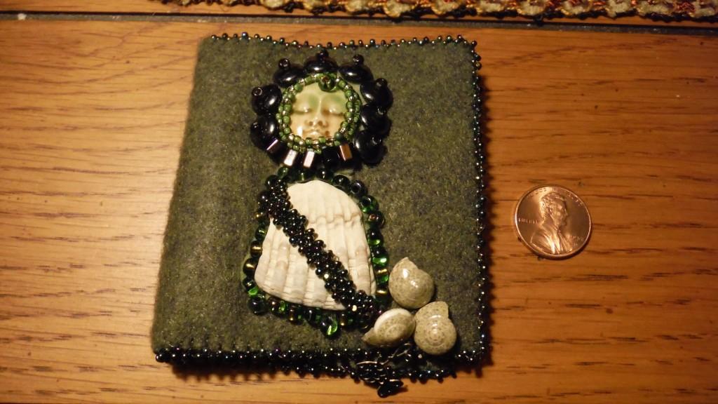 Beach goddess needle book